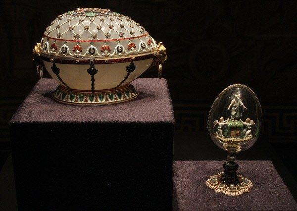324099-oeuf-renaissance-oeuf-resurrection-exposition