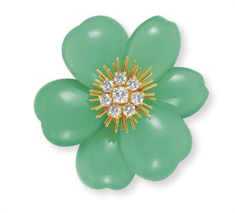 a_diamond_chrysoprase_and_gold_rose_de_noel_brooch_by_van_cleef_arpels_d5330307h