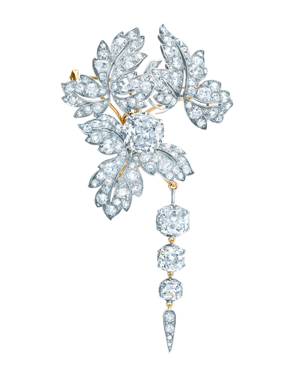 Tiffany-Co.-diamond-brooch-another-of-the-French-Crown-Jewels-that-now-reside-in-Tiffanys-archives.-960x1200