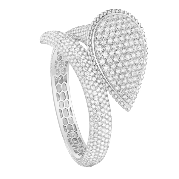 Serpent Bohäme Bangle set with pavÇ diamonds, in white gold
