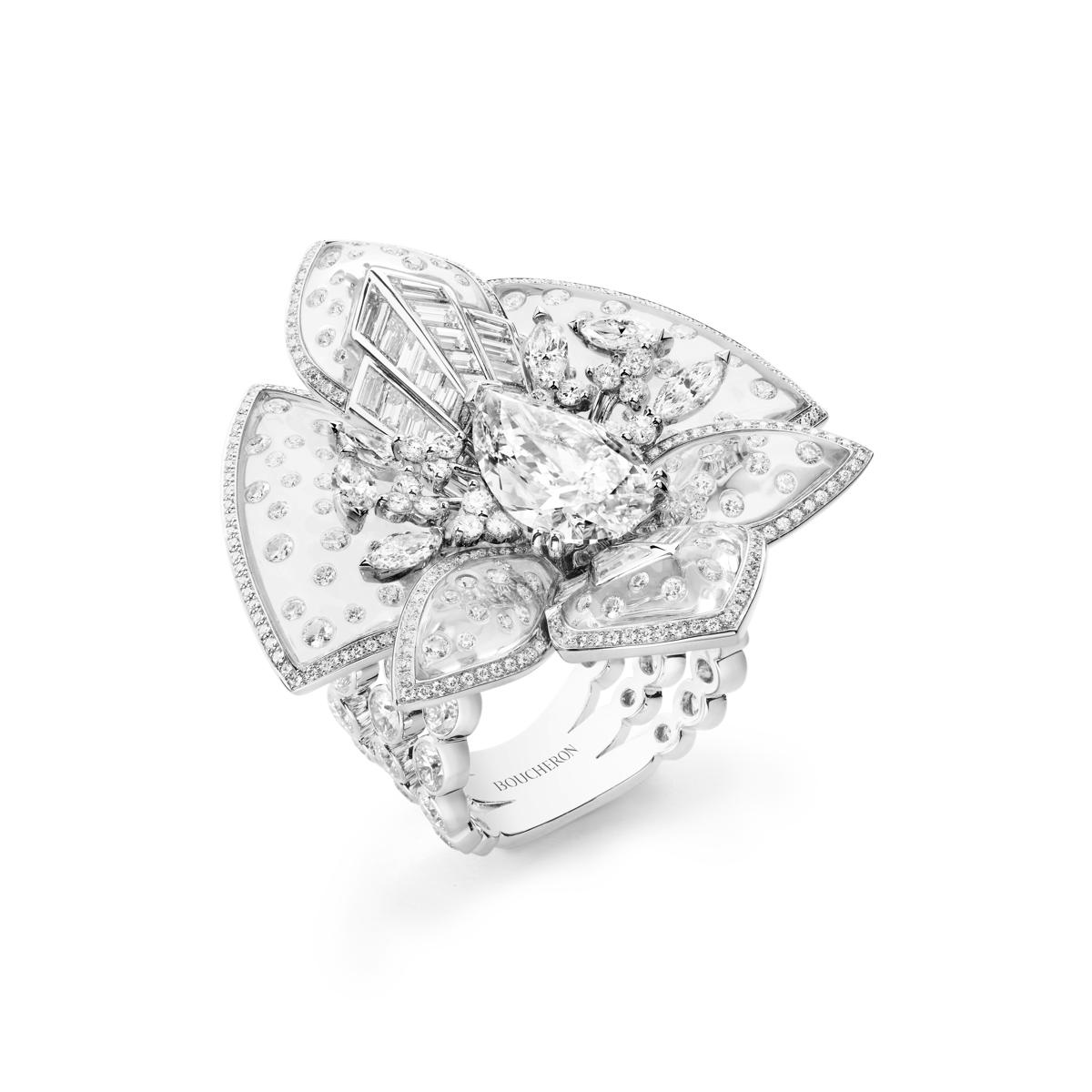 Lys radiant ring