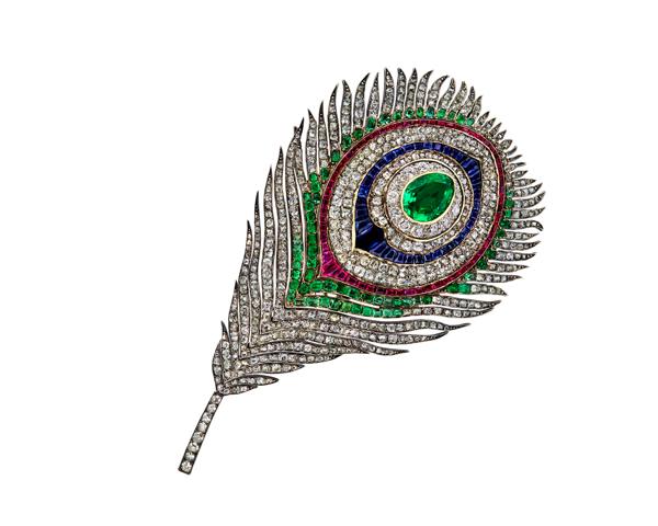 broche-plume-de-paon-pierreries-commandee-par-limperatrice-eugenie-circa-1868