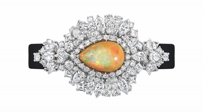 JOLY93025 - MAJESTUEUSE OPAL HIGH JEWELLERY TIMEPIECE (1)